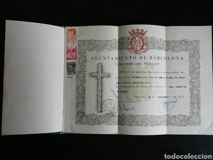 Documentos antiguos: Documento.Titulo de derecho funerario sobre nicho en el Cementerio Sudoeste de Barcelona - Foto 2 - 68830354