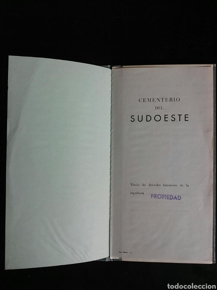 Documentos antiguos: Documento.Titulo de derecho funerario sobre nicho en el Cementerio Sudoeste de Barcelona - Foto 3 - 68830354