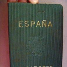 Documentos antiguos: PASAPORTE DE ESPAÑA . EPOCA FRANQUISTA. DE EMIGRANTE EN FRANCIA Y SUIZA , MUCHOS VISADOS. Lote 78589489