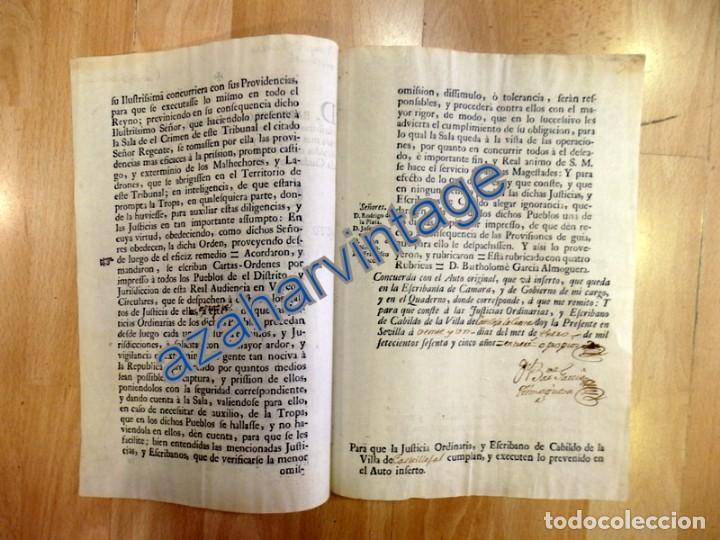 Documentos antiguos: CARTA ORDEN DIRIGIDA A CASTILLEJA DE LA CUESTA,1765, PARA EXTERMINIO DE LADRONES DE CAMINOS,3 PAGINA - Foto 2 - 88788144