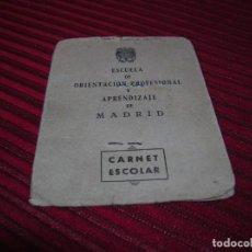 Documentos antiguos: MUY ANTIGUO CARNET ESCOLAR,AÑO 1953. Lote 101546983