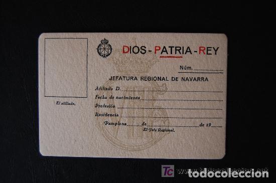 ANTIGUA FICHA Y CARNÉ DE AFILIACIÓN CARLISTA. JEFATURA REGIONAL DE NAVARRA. (CARLISMO, REQUETÉ) (Coleccionismo - Documentos - Otros documentos)