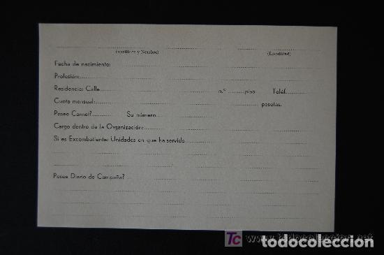 Documentos antiguos: Antigua ficha y carné de afiliación carlista. Jefatura Regional de Navarra. (carlismo, Requeté) - Foto 2 - 105488275