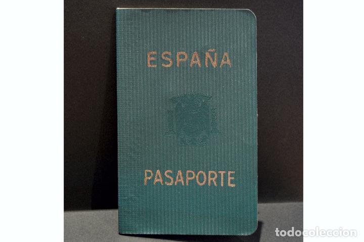 Documentos antiguos: DOCUMENTACIÓN PASAPORTE ESPAÑA 1966 - Foto 5 - 108909639