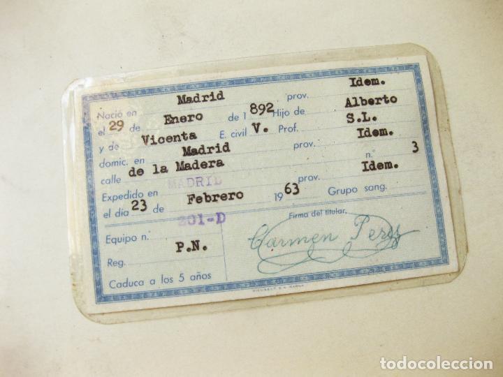 Documentos antiguos: CARNET DE IDENTIDAD DE 1963 - Foto 2 - 110708923