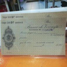 Documentos antiguos: CHEQUE BANCO DE VIZCAYA SUCURSAL DE BASAURI DOS CORRELATIVOS AÑOS 40 ESTADO S.C.. Lote 112735011