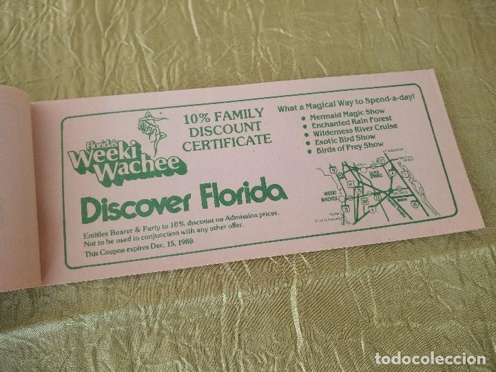 Documentos antiguos: discover the real florida,valuable family coupons 1980.9 vales.Librillo de entradas - Foto 3 - 118830979