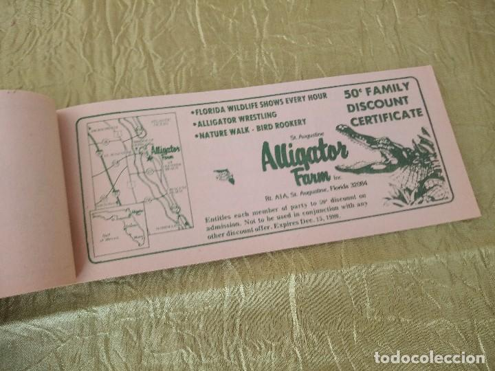 Documentos antiguos: discover the real florida,valuable family coupons 1980.9 vales.Librillo de entradas - Foto 5 - 118830979