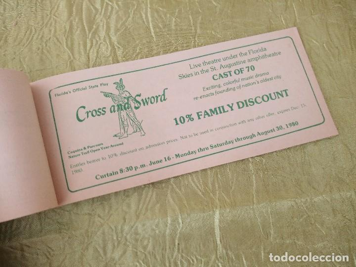 Documentos antiguos: discover the real florida,valuable family coupons 1980.9 vales.Librillo de entradas - Foto 7 - 118830979