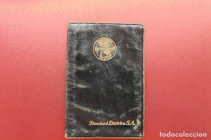 CARNET STANDARD ELÉCTRICA SA, PIEL, 1953, TELÉFONOS, CABLES, 10X6,50 CM (Coleccionismo - Documentos - Otros documentos)