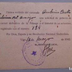 Documentos antiguos: ESPAÑA - 1942 - SOLICITUD CARNET DEFINITIVO DE LA FALANGE - VIGO - SELLO FALANGE VIGO.. Lote 137443850