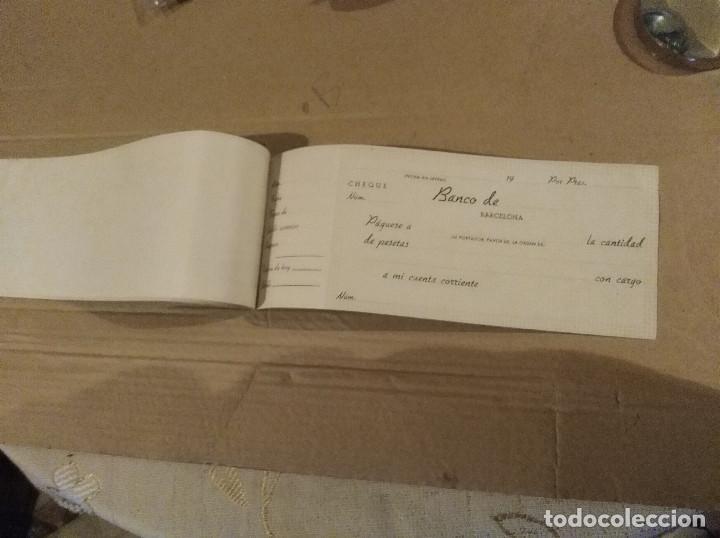Documentos antiguos: talonario carnet de cheques banco central de barcelona bilbao vizcaya 1948 ver imagenes - Foto 7 - 138244030