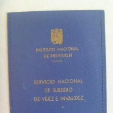 Documentos antiguos: CARTERITA DEL CARNET DEL SERVICIO NACIONAL DE VEJEZ E INVALIDEZ. EPOCA FRANCO, AGUILA DE SAN JUAN. Lote 138780950