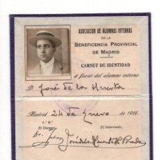 Documentos antiguos: CARNET ASOCIACIÓN DE ALUMNOS DE LA BENEFICIENCIA PROVINCIAL DE MADRID 1916. Lote 140892386