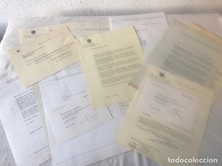 GRAN LOTE DE DOCUMENTOS Y CARTAS DEL DIRECTOR DEL NO-DO MIGUEL MARTIN 1977. VER FOTOS ANEXAS. (Coleccionismo - Documentos - Otros documentos)