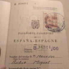 Documentos antiguos: PASAPORTE ESPAÑOL ESPEDIDO EN 1966 SIN USO. Lote 144911466