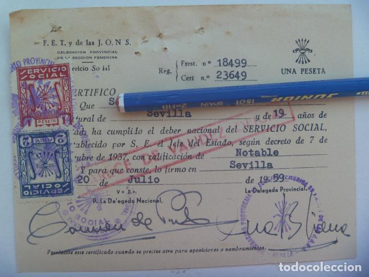 SECCION FEMENINA FALANGE : CERTIFICADO DEL SERVICIO SOCIAL DE LA MUJER . SEVILLA, 1959. VIÑETAS (Coleccionismo - Documentos - Otros documentos)