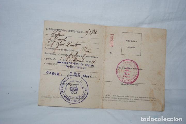 Documentos antiguos: CARNET DE IDENTIDAD 1944 - Foto 2 - 150813174