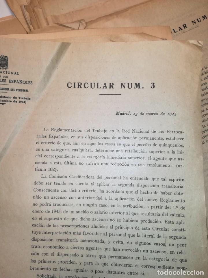 Documentos antiguos: Lote de circulares Renfe desde 1945 a 1974 - Foto 6 - 152062654