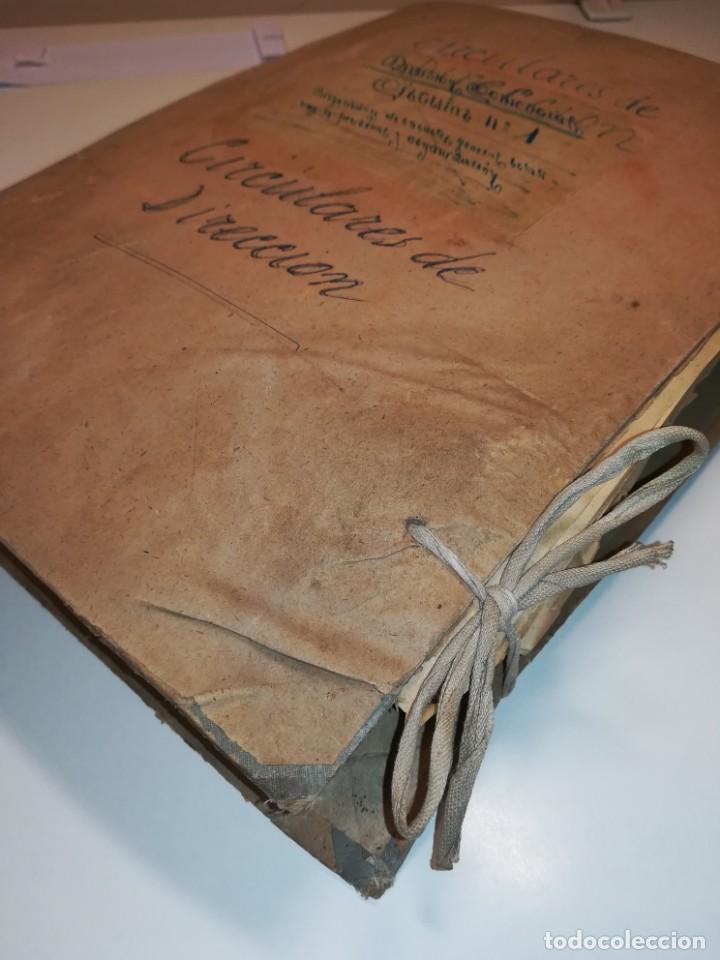 Documentos antiguos: Lote de circulares Renfe desde 1945 a 1974 - Foto 14 - 152062654