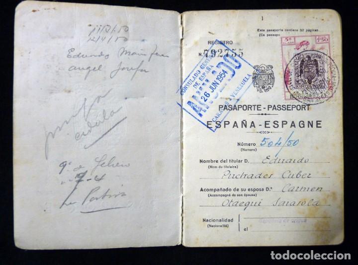Documentos antiguos: PASAPORTE MATRIMONIO, EXPEDIDO EN SAN SEBASTIAN, 1950. CONSULADO CARACAS. TITULO CHOFER + PAPELES - Foto 3 - 152431038