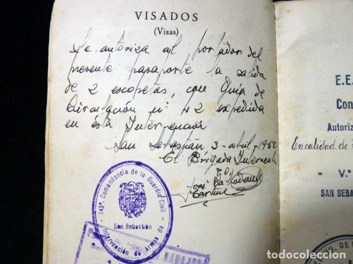 Documentos antiguos: PASAPORTE MATRIMONIO, EXPEDIDO EN SAN SEBASTIAN, 1950. CONSULADO CARACAS. TITULO CHOFER + PAPELES - Foto 8 - 152431038