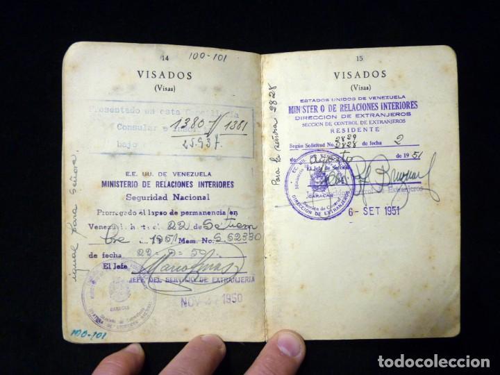 Documentos antiguos: PASAPORTE MATRIMONIO, EXPEDIDO EN SAN SEBASTIAN, 1950. CONSULADO CARACAS. TITULO CHOFER + PAPELES - Foto 11 - 152431038