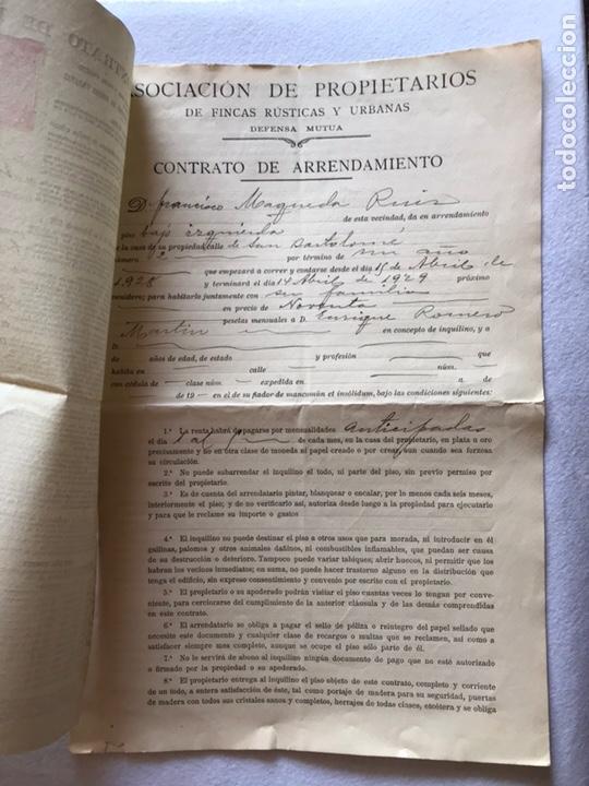 Documentos antiguos: CONTRATO INQUILINATO CIUDAD DE SEVILLA CALLE SAN BARTOLOMÉ 1927. PAPEL PERGAMINO. - Foto 2 - 165504313