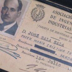 Documentos antiguos: CARNET MIEMBRO ASOCIACION NACIONAL DE INGENIEROS DE INDUSTRIAS TEXTILES. Lote 166611986