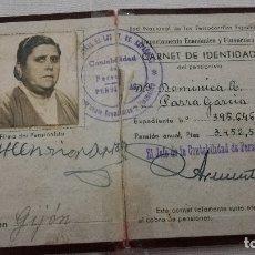 Documentos antiguos: 19-CARNET DE IDENTIDAD DE PENSIONISTA, RENFE, 1955. Lote 172177819