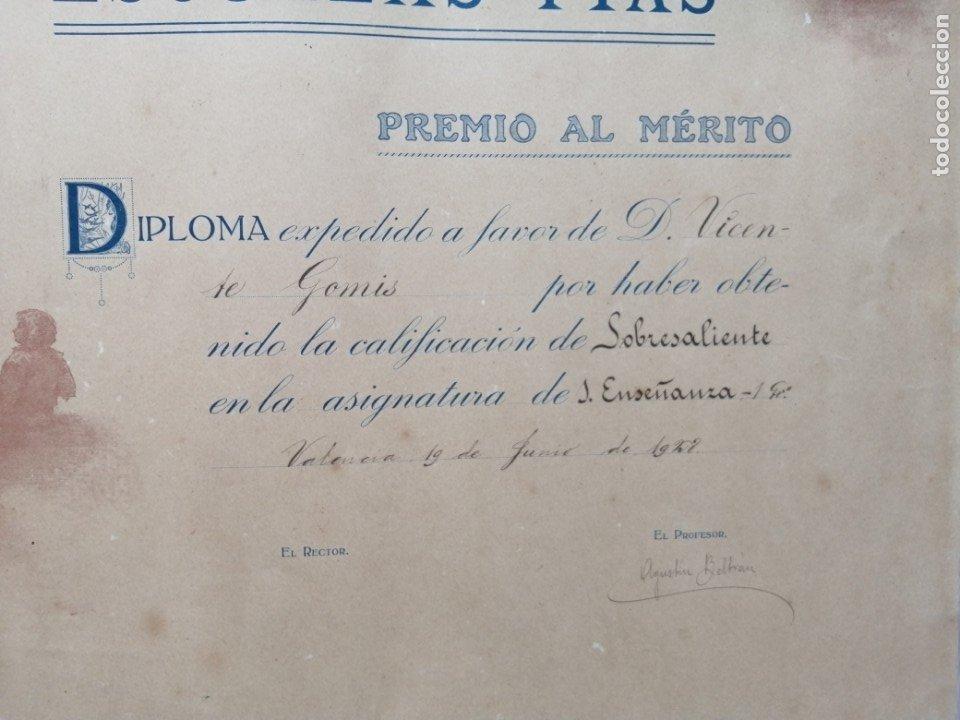 Documentos antiguos: Diploma Premio al Merito. Escuelas Pías. 1928 - Foto 4 - 175787860