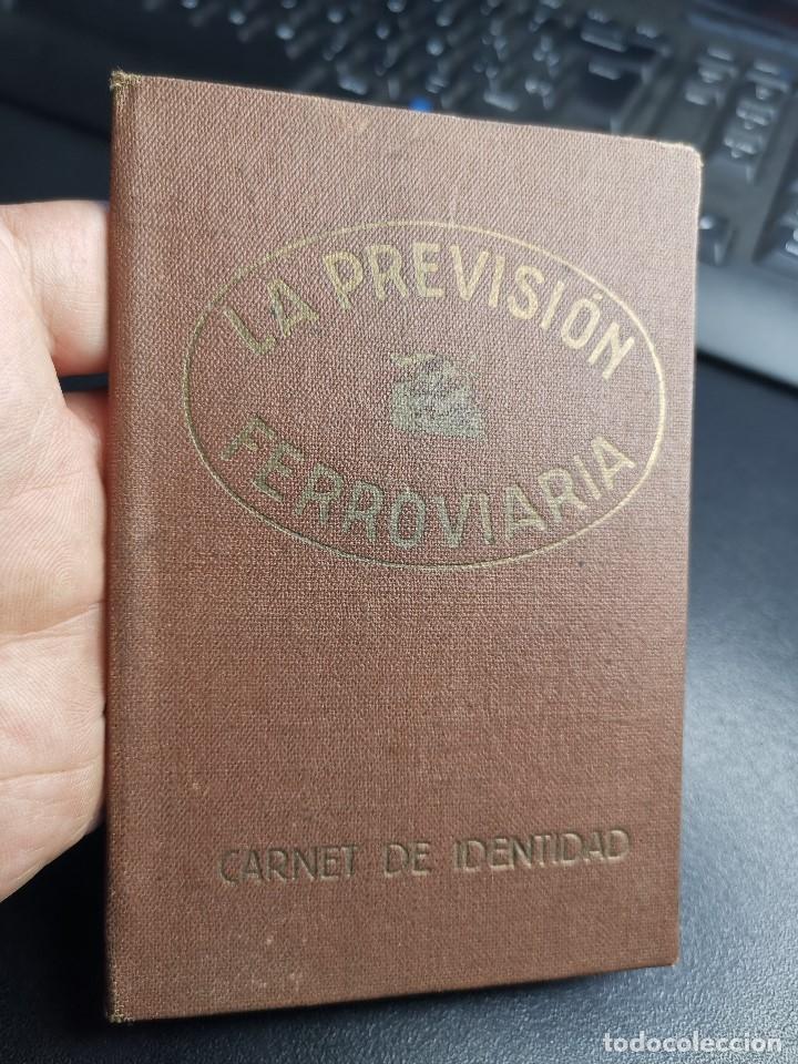Documentos antiguos: Carnet de identidad. La Previsión Ferroviaria. 1929 barcelona. CARTILLA COMPAÑIA M.D.A -RENFE - Foto 9 - 176352093