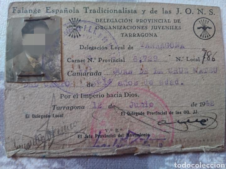 CARNET FALANGE ESPAÑOLA TRADICIONALISTA Y J. O. N. S AÑO 1942 (Coleccionismo - Documentos - Otros documentos)