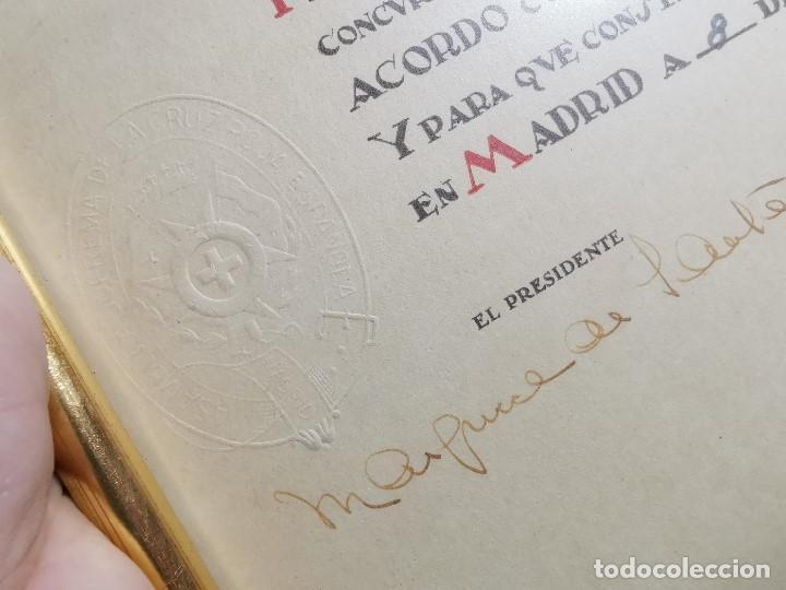 Documentos antiguos: CRUZ ROJA ESPAÑOLA--1976----DIPLOMA MEDALLA DE PLATA--------REF-1AC - Foto 6 - 186453946
