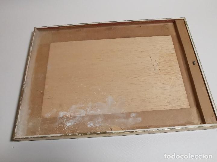 Documentos antiguos: CRUZ ROJA ESPAÑOLA--1976----DIPLOMA MEDALLA DE PLATA--------REF-1AC - Foto 13 - 186453946