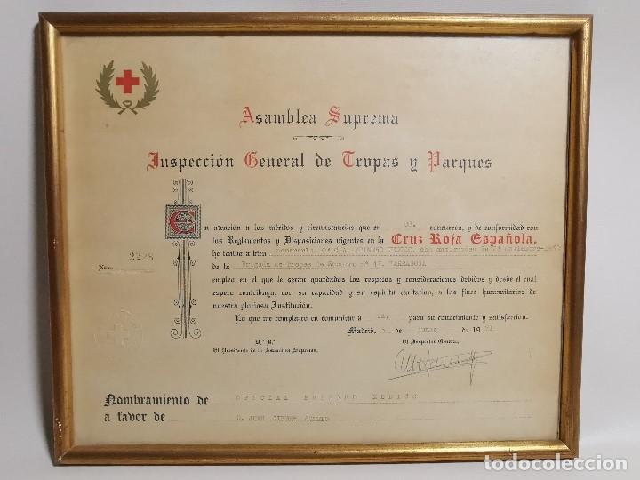 Documentos antiguos: CRUZ ROJA ESPAÑOLA--1976--INSPECCION DE TROPAS Y PARQUES--NOMBRAMIENTO OFICIAL MEDICO 1º ----REF-1AC - Foto 2 - 186454315