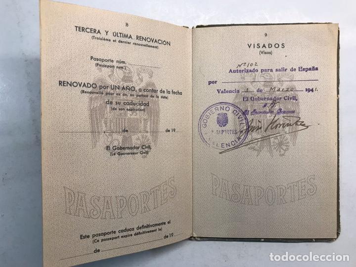 Documentos antiguos: PASAPORTE ESPAÑOL, Concedido para asistir a los Funerales de S.M. el Rey Don ALFONSO XIII (a.1941) - Foto 6 - 194238805