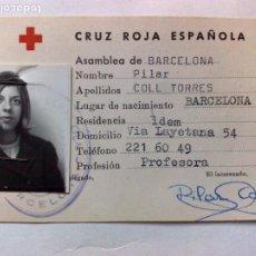 Documentos antiguos: TARJETA PERSONAL DE LA CRUZ ROJA ESPAÑOLA DE SOCORRISTA,DIPLOMA DESDE 1969,ASAMBLEA DE BARCELONA. Lote 195166398
