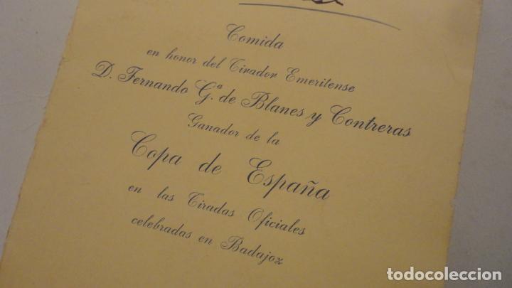 Documentos antiguos: TARJETA-MENU.COMIDA HONOR FERNANDO G.DE BLANES CONTRERAS.COPA ESPAÑA.TIRO PICHON.MERIDA 1959 - Foto 2 - 195430815