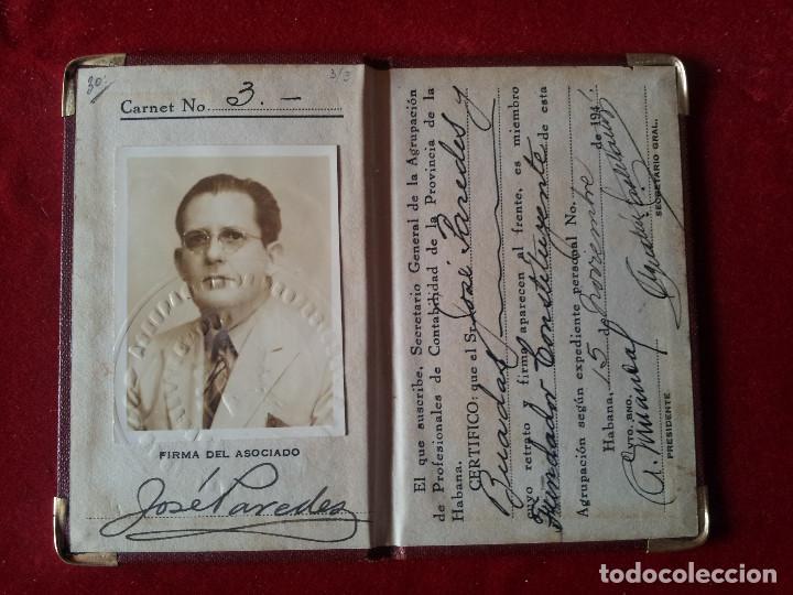 Documentos antiguos: DV-30.- CARNET- ADSCRIPTA A LA CONFEDERACION DE PROFESIONALES NO UNIVERSITARIOS DE CUBA , 1941 - Foto 2 - 197654536