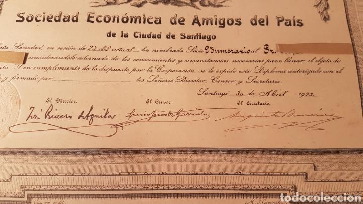 Documentos antiguos: ANTIGUO TITULO DE SOCIO DE SOCIEDAD ECONÓMICA DE AMIGOS DEL PAIS DE LA CIUDAD DE SANTIAGO. AÑO 1923 - Foto 4 - 197914086