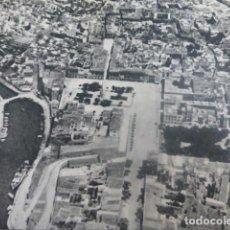 Documentos antiguos: MAHON MENORCA VISTA AEREA ANTIGUA LAMINA HUECOGRABADO AÑOS 50. Lote 204610188