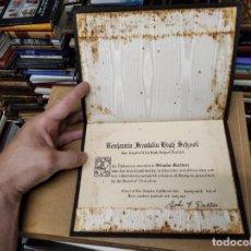 Documentos antiguos: MAGNÍFICO DIPLOMA DE GRADUACIÓN LOS ANGELES CITY HIGH SCHOOL DISTRICT. 1942 . FUNDA SÍMIL PIEL. Lote 211465706