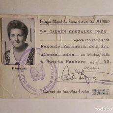 Documentos antiguos: CARNET COLEGIO OFICIAL FARMECEUTICOS MADRID REGIMEN FRANQUISTA 1968. Lote 212344473