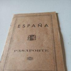 Documenti antichi: PASAPORTE ESPAÑA EXPEDIDO EN EL 29 CUÑO1935. Lote 214648190