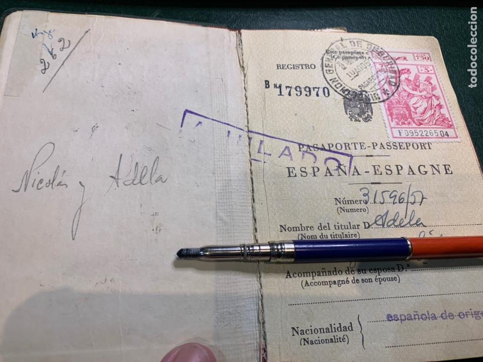 Documentos antiguos: Pasaporte España 1961 - Foto 2 - 224377520