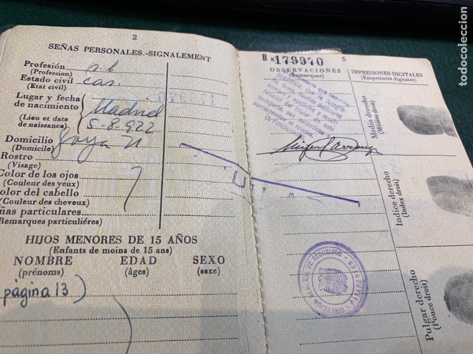 Documentos antiguos: Pasaporte España 1961 - Foto 3 - 224377520