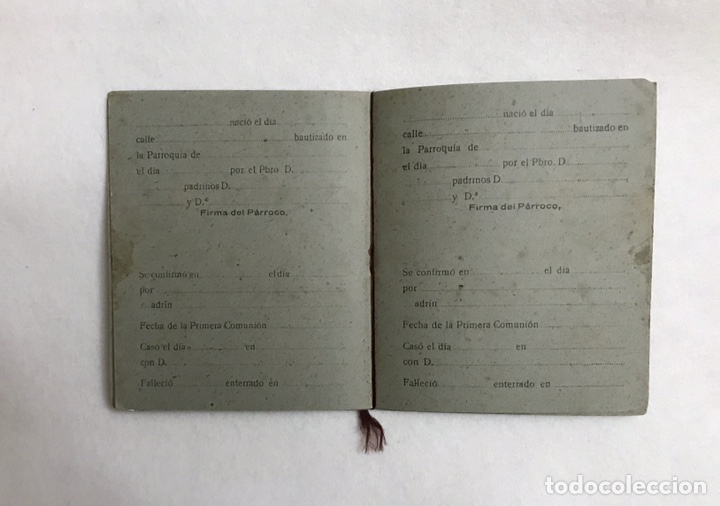 Documentos antiguos: LIBRO DE FAMILIA / FAMILIAR. PARROQUIA VIRGEN CONSOLACIÓN - CAZALLA DE LA SIERRA. AÑOS 40. SEVILLA - Foto 5 - 236024560