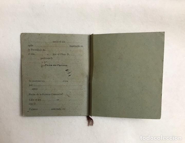 Documentos antiguos: LIBRO DE FAMILIA / FAMILIAR. PARROQUIA VIRGEN CONSOLACIÓN - CAZALLA DE LA SIERRA. AÑOS 40. SEVILLA - Foto 7 - 236024560