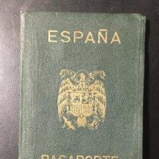 Documentos antiguos: PASAPORTE ESPAÑA , AÑOS 50 , ZARAGOZA , NUMEROSOS SELLOS, PÓLIZAS , VISADOS , CONSULADOS VER FOTOS. Lote 244400780